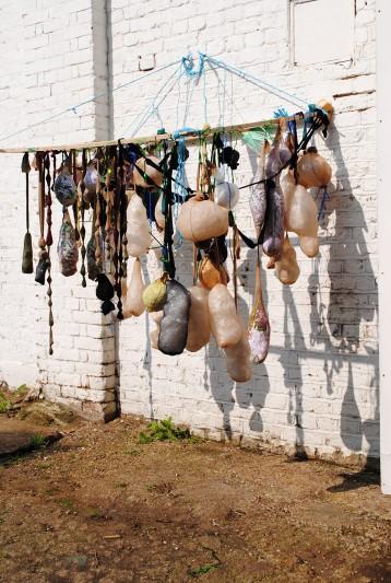 8_image_Linda_hanging_frame