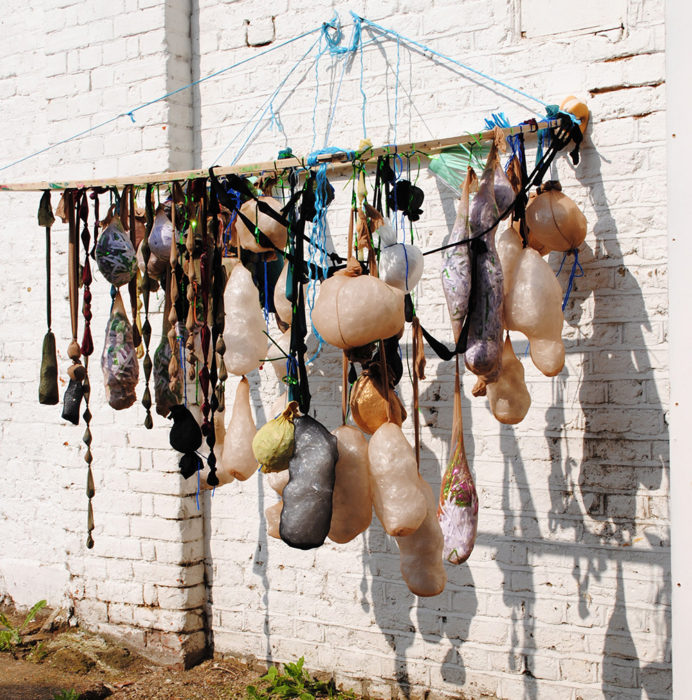 Linda bell hanging frame